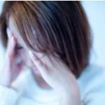 片頭痛の原因とめまいや吐き気がする時の対処法と痛みに効くツボ