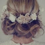 結婚式の髪型ドレスに合うミディアム編み込みアップ簡単髪型アレンジ