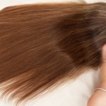 髪の毛がパサパサに乾燥する原因とサラサラ潤いヘアにする手入れ方法