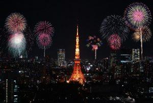 東京タワーと花火
